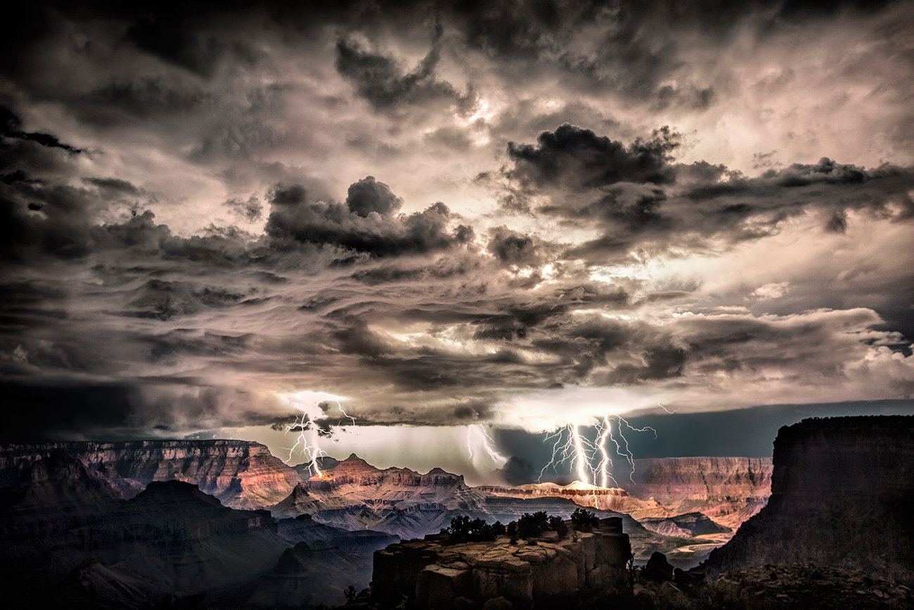 Amazing night with lightning over the Grand Canyon