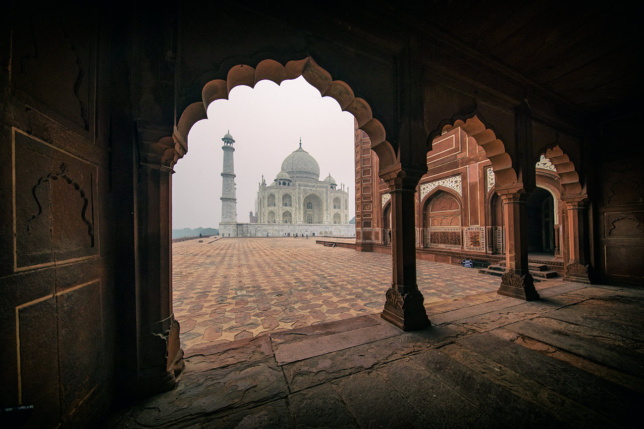 Th amazing Taj Mahal at sunrise