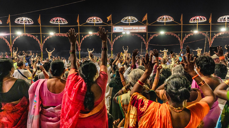 The Ganga Aarti Ceremony in Varinasi