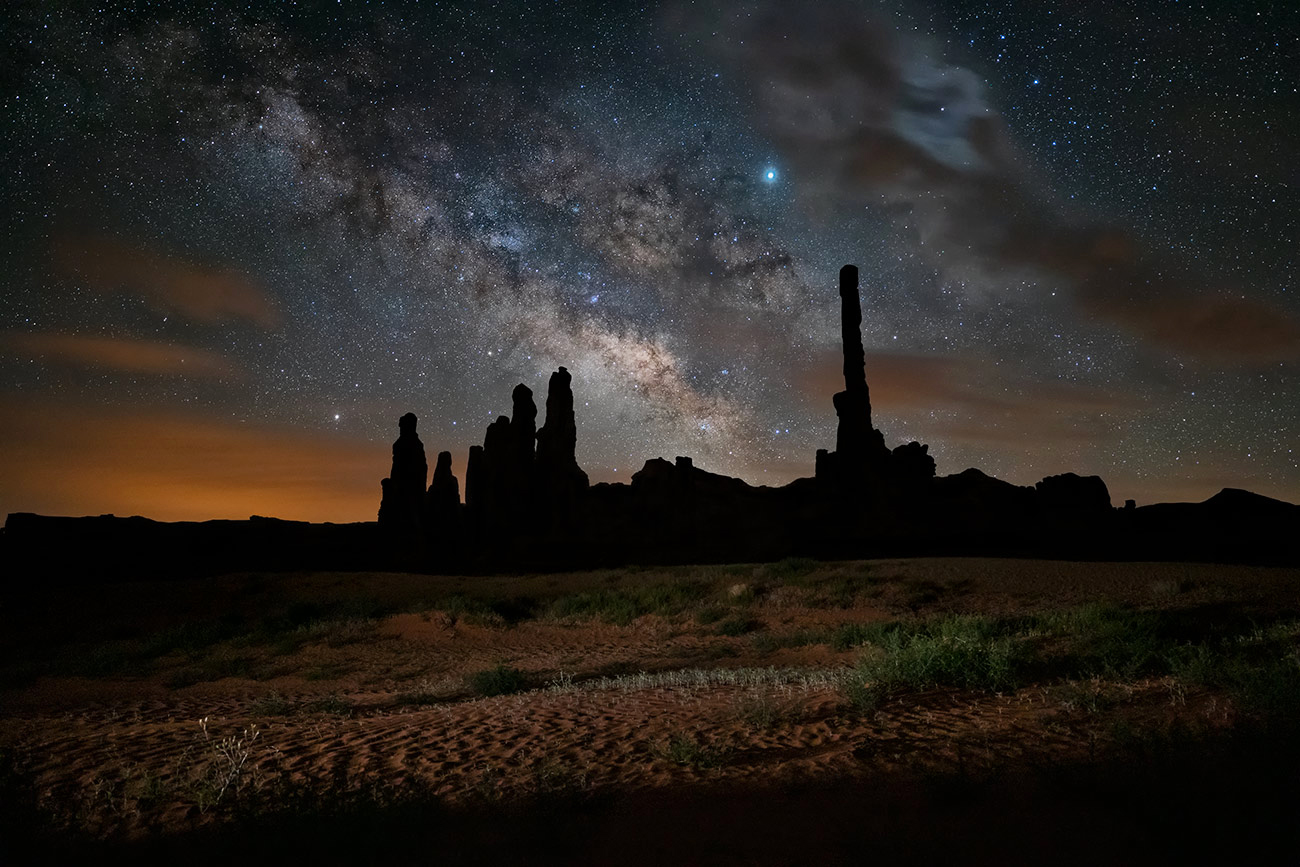 Milky7 Way at Totem Pole in Monument Valley