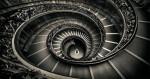 momo_staircase_vatican_intro