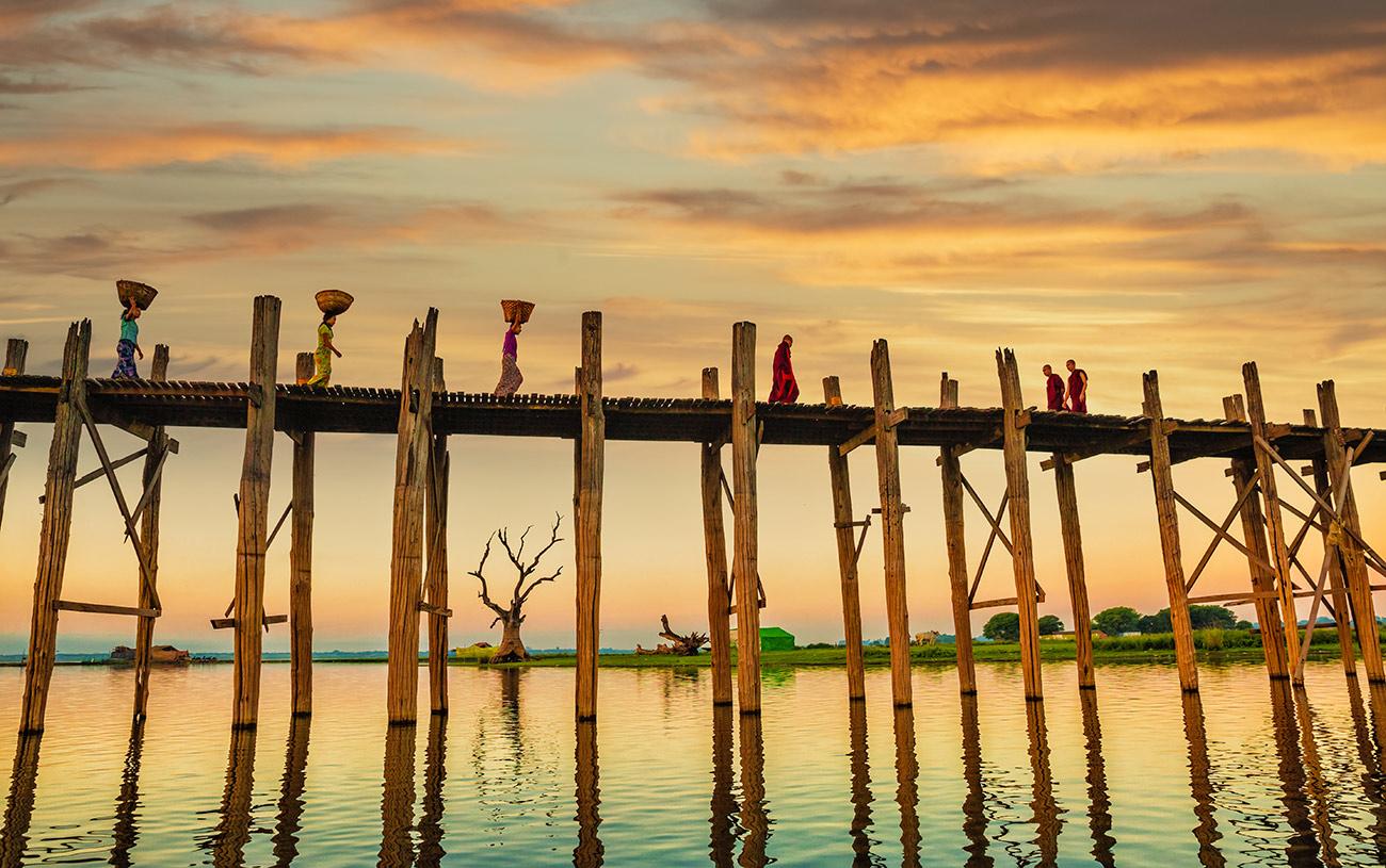 Sunset at the Ubein Bridge in Mandalay, Burma