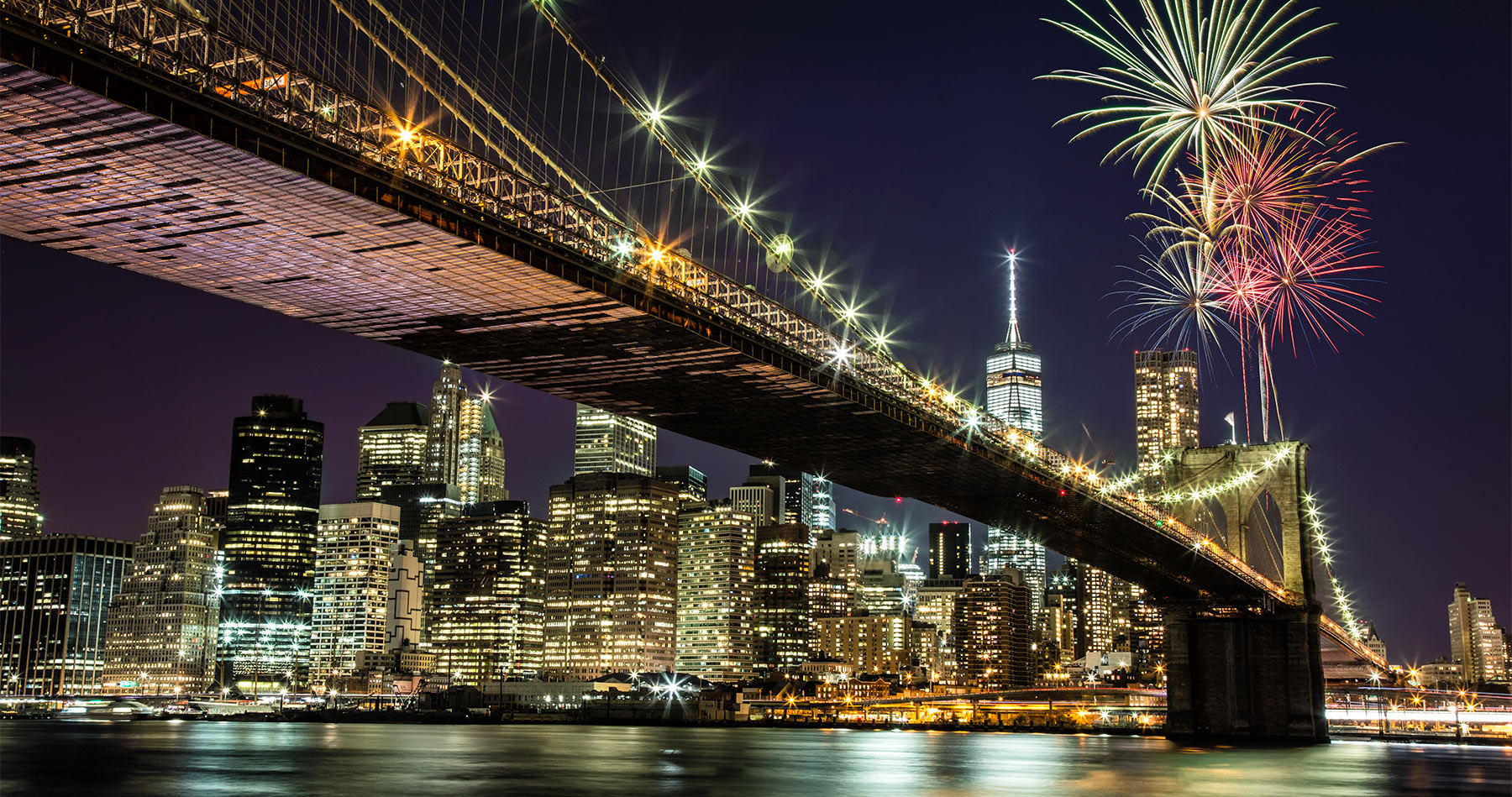new_york_brooklyn_bridge_fireworks