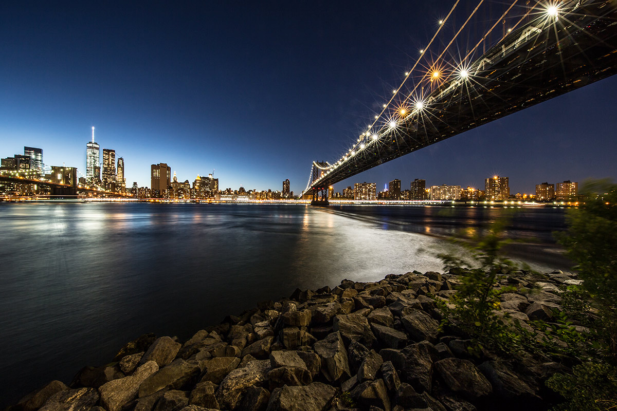 The Manhatten Bridge after dark