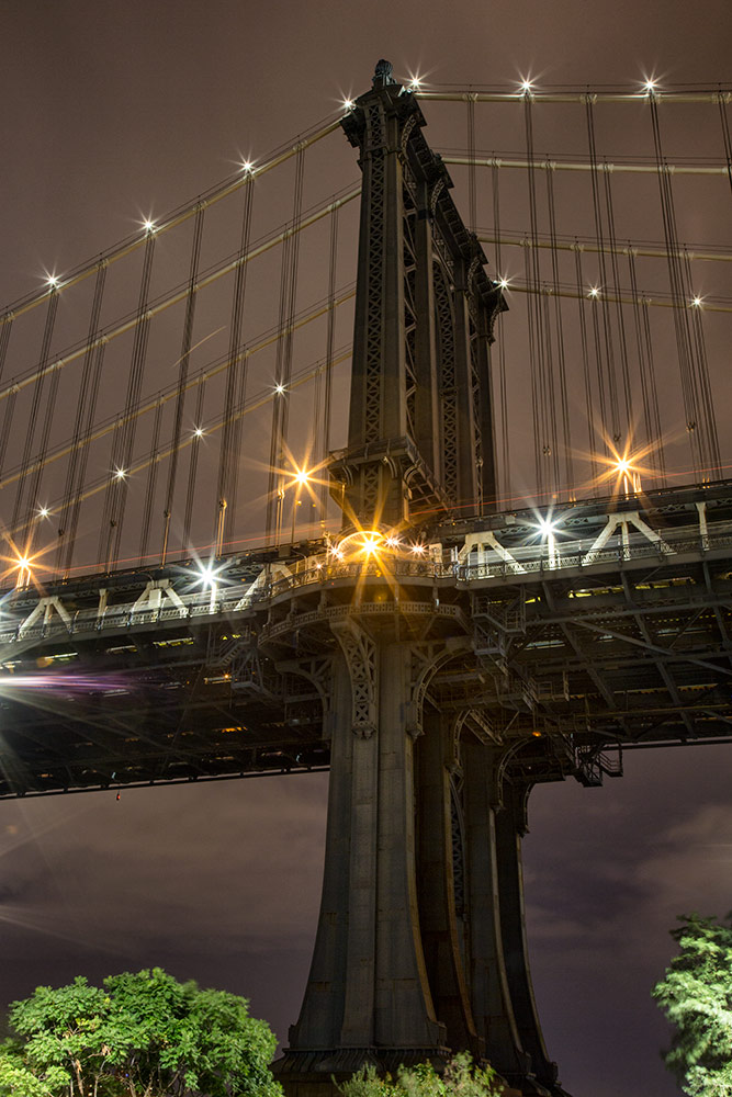 The gorgeous towers of the Manhattan Bridge