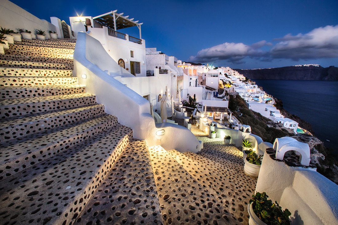 Sunset in the town of Oia in Santorini, Greece