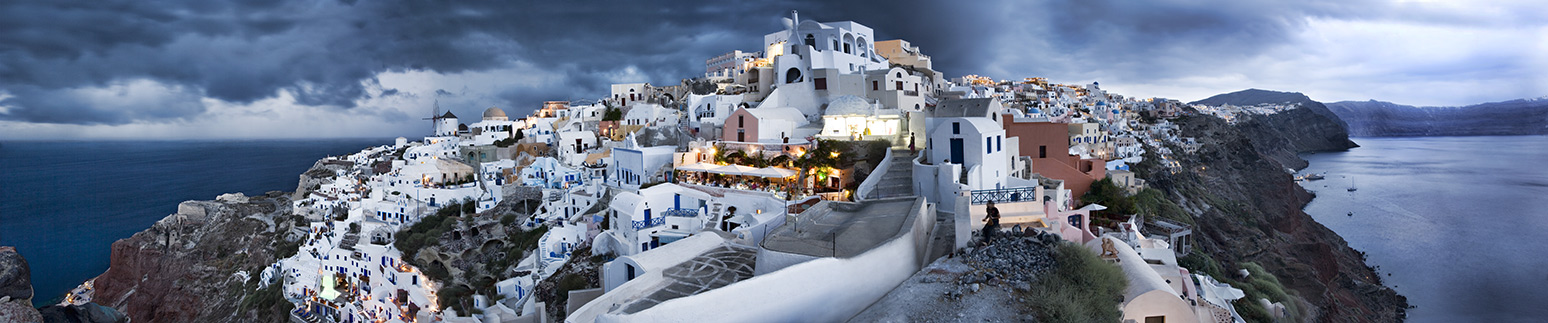Amazing Oia in Santorini, Greece