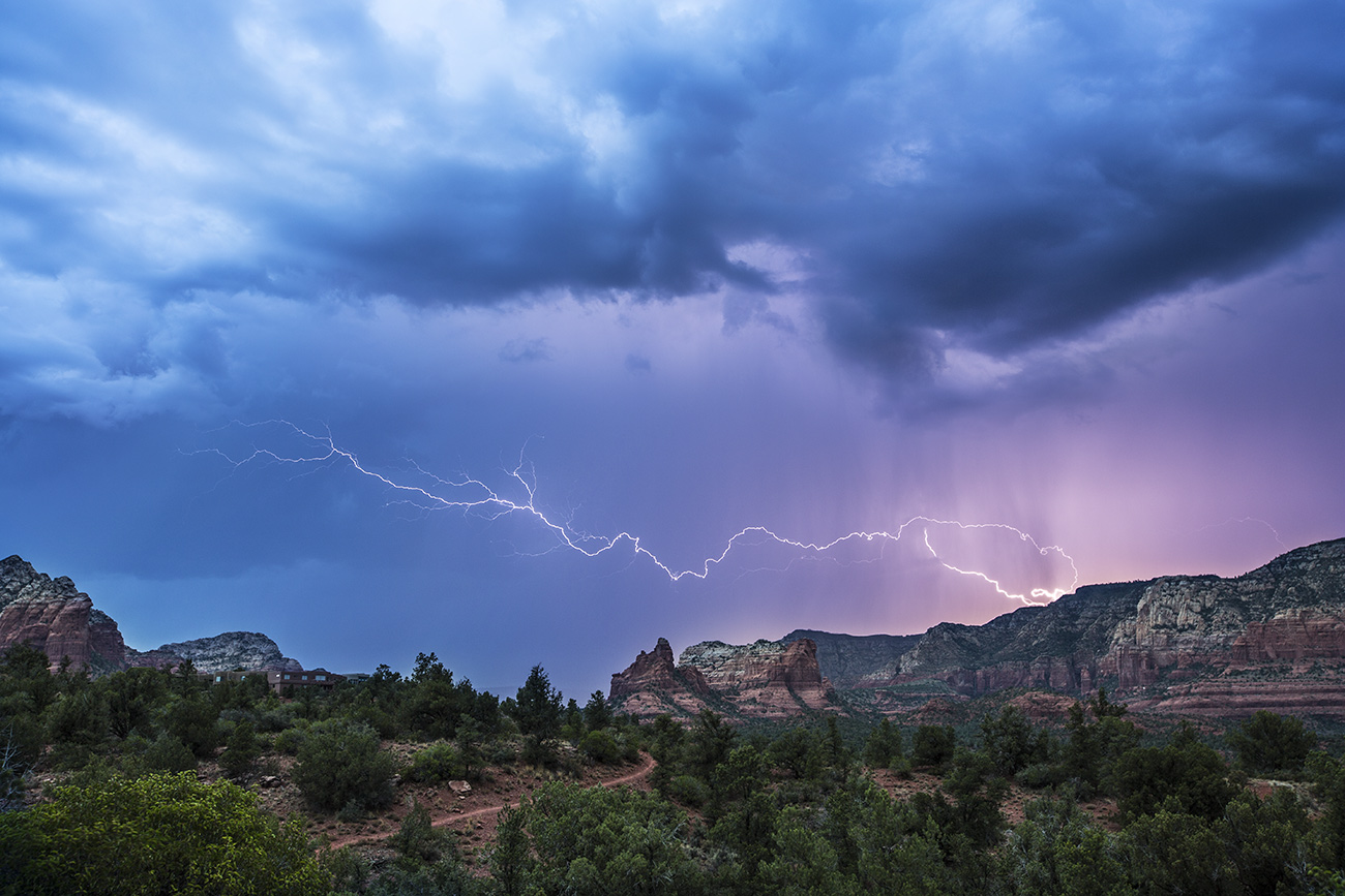 Daytime lightning by Thunder Mountain