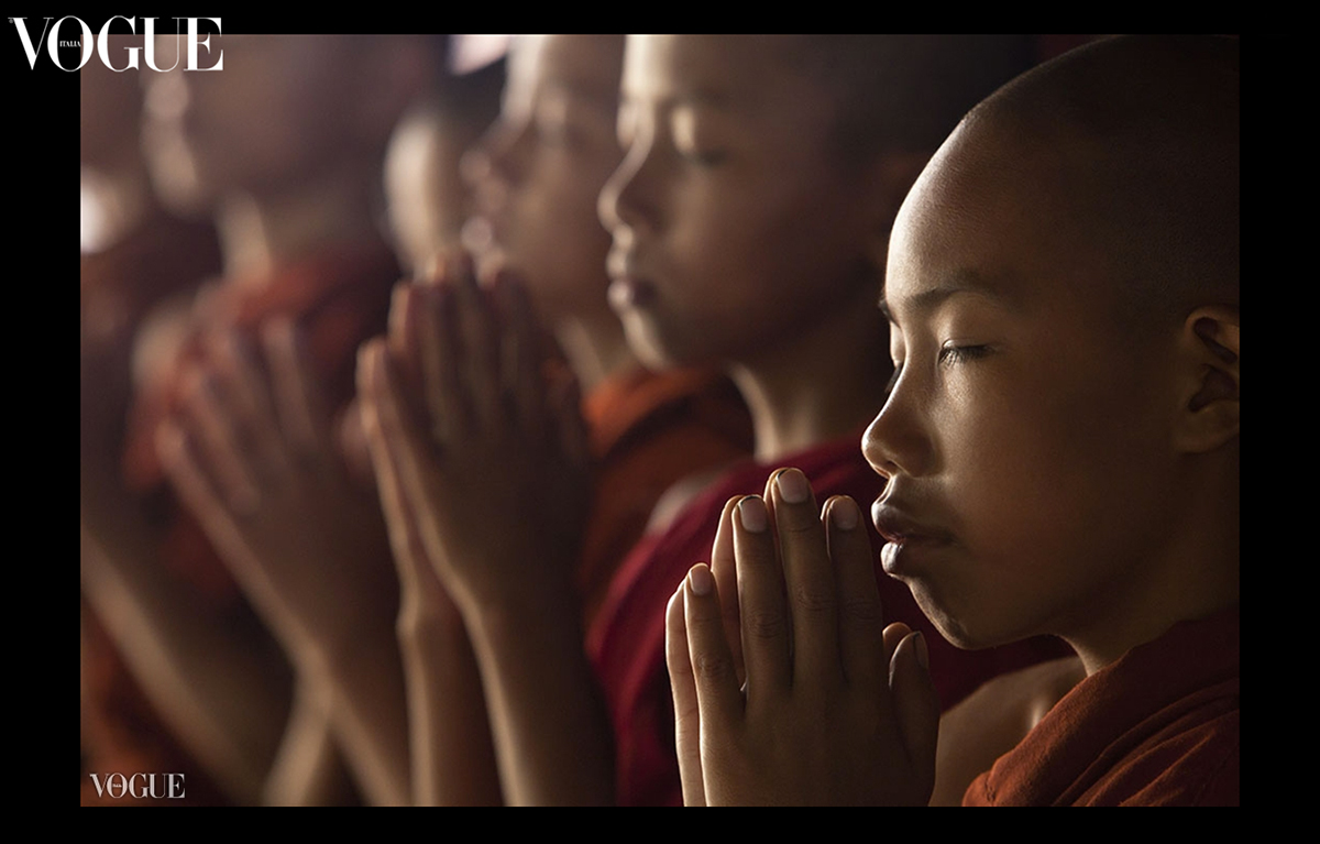 Prayer time in Bagan