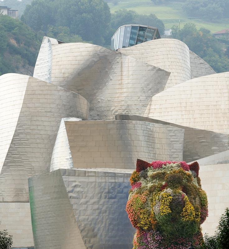 Guggenheim Museum - {quote}Puppy{quote} (Jeff Koons)
