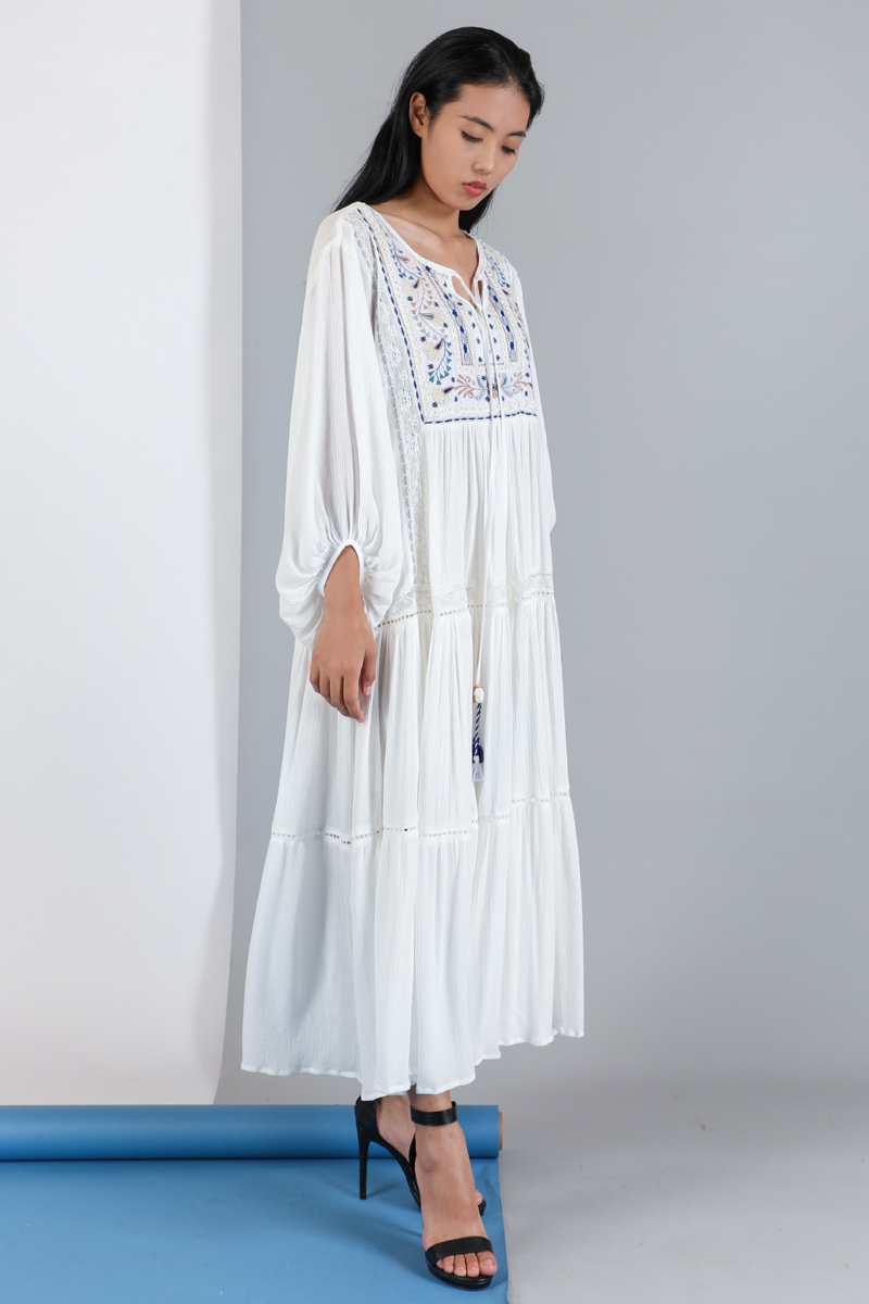 CA 400975 QUEEN DRESS WITH CAMY WHITE