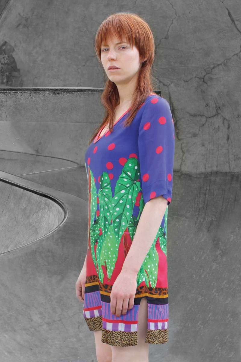 CA 48603 A VERY BEAUTIFUL TUNIC DP CA 433_SS 19