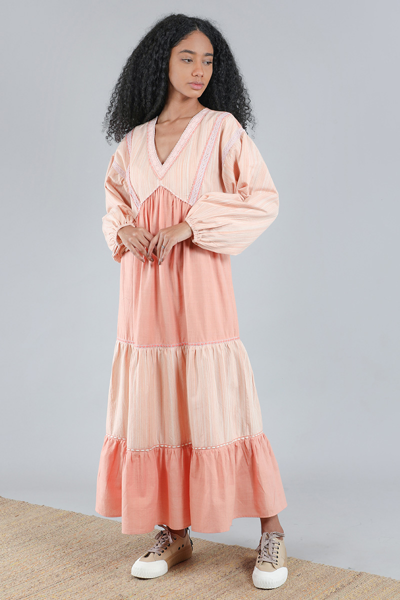 CA401159_SOPHI-DRESS_PEACH