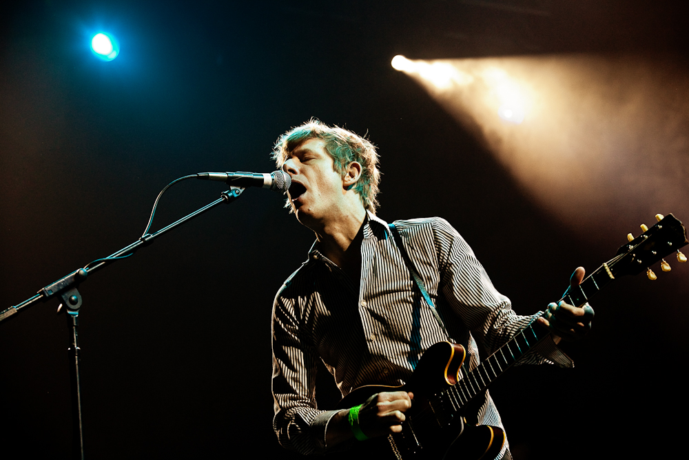 Spoon @ FM94/9 Holiday Hootenany2009