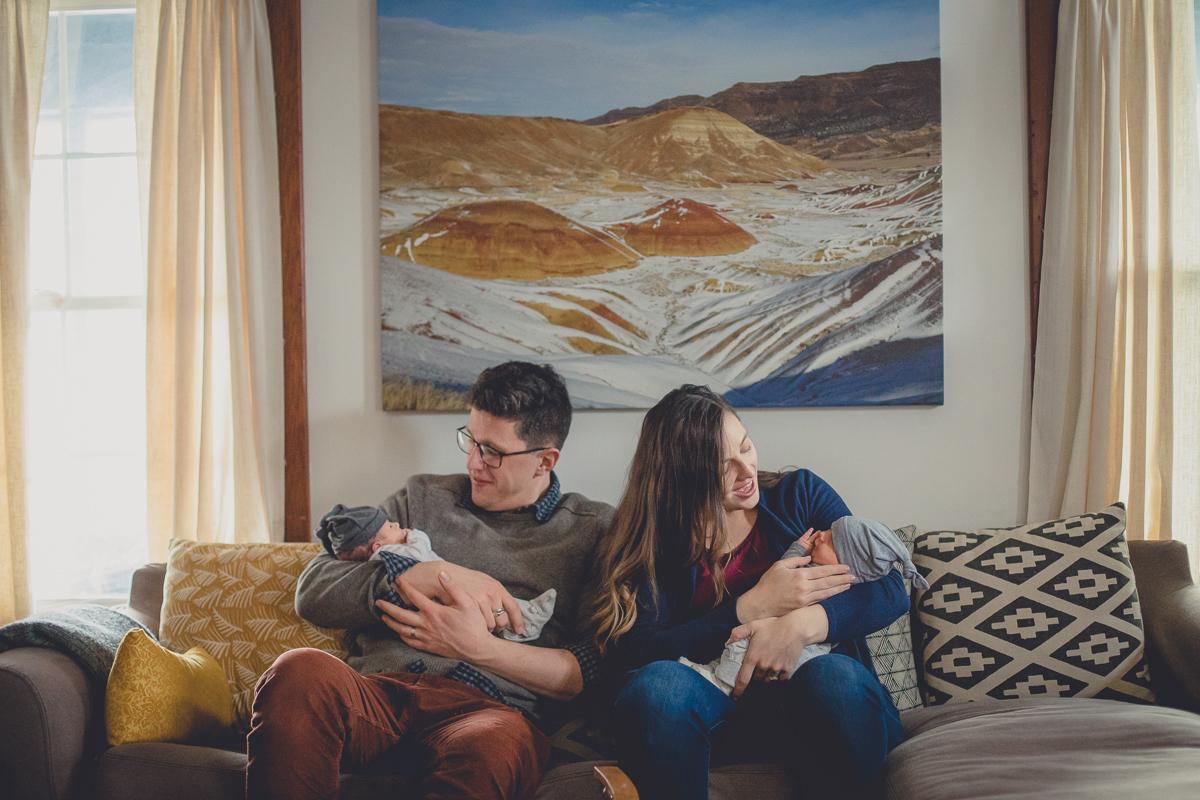 day-in-life-home-family-newborn-photos-buffalo-2
