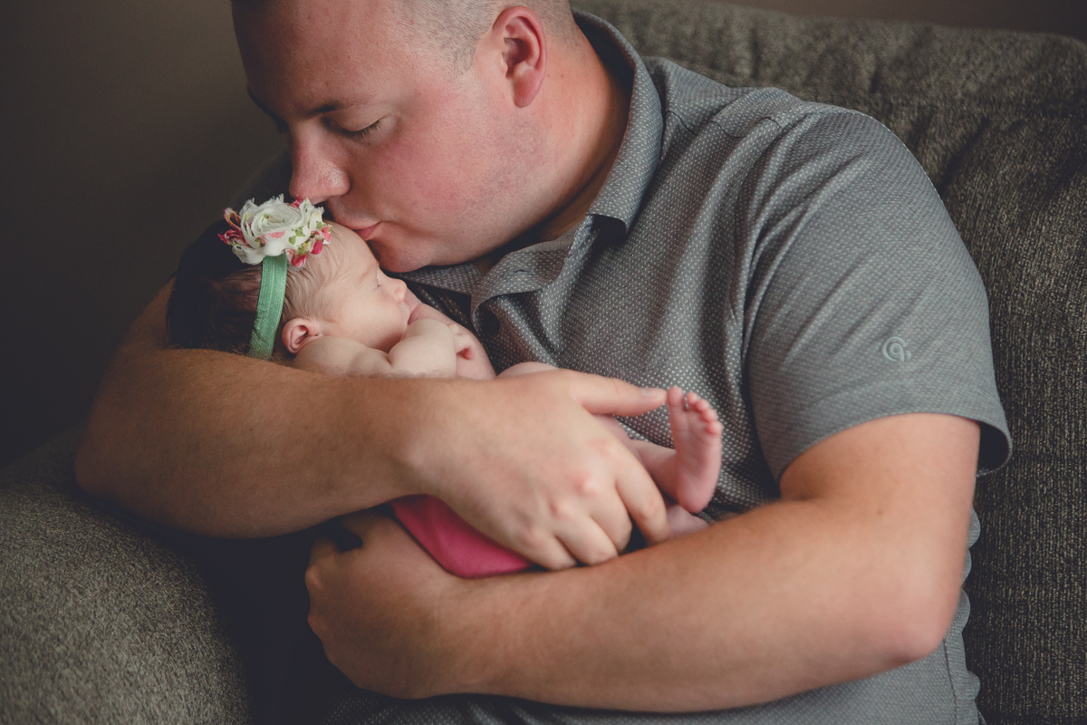 family-day-life-newborn-baby-photography-buffalo-5
