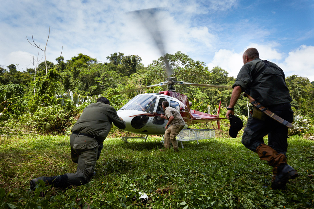 Members of TAFFS.TV(Television and film facilitation services),Former British SAS (special air service) members, manage a helicopter landing in a secret location the Mosquitia jungle.