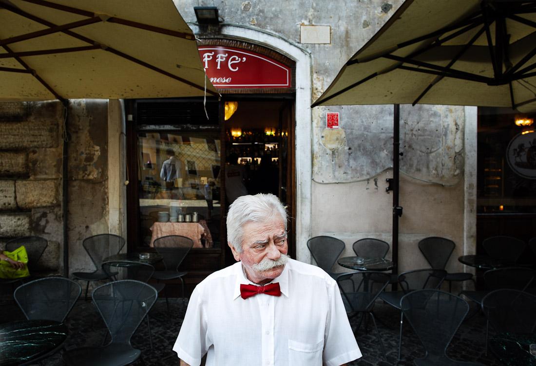 Waiter, Rome