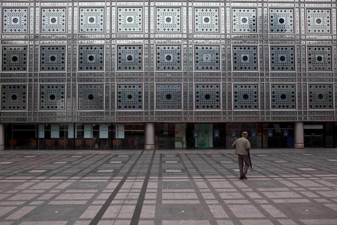 Institut du Monde Arabe, Quartier Latin, Paris.
