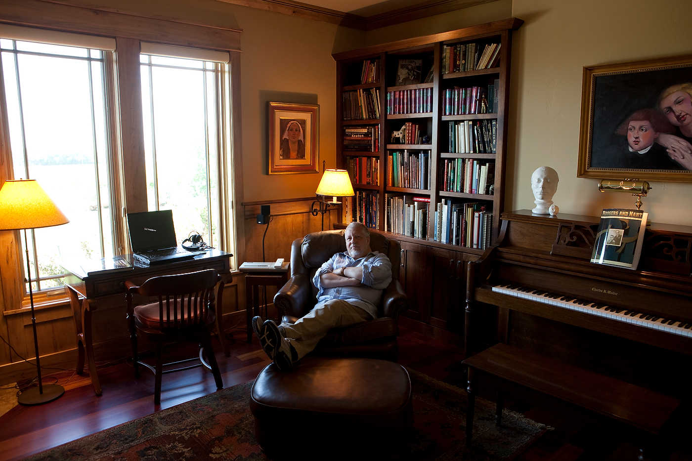Dan Simmons, writer, at home in Colorado, for Le Figaro Magazine.