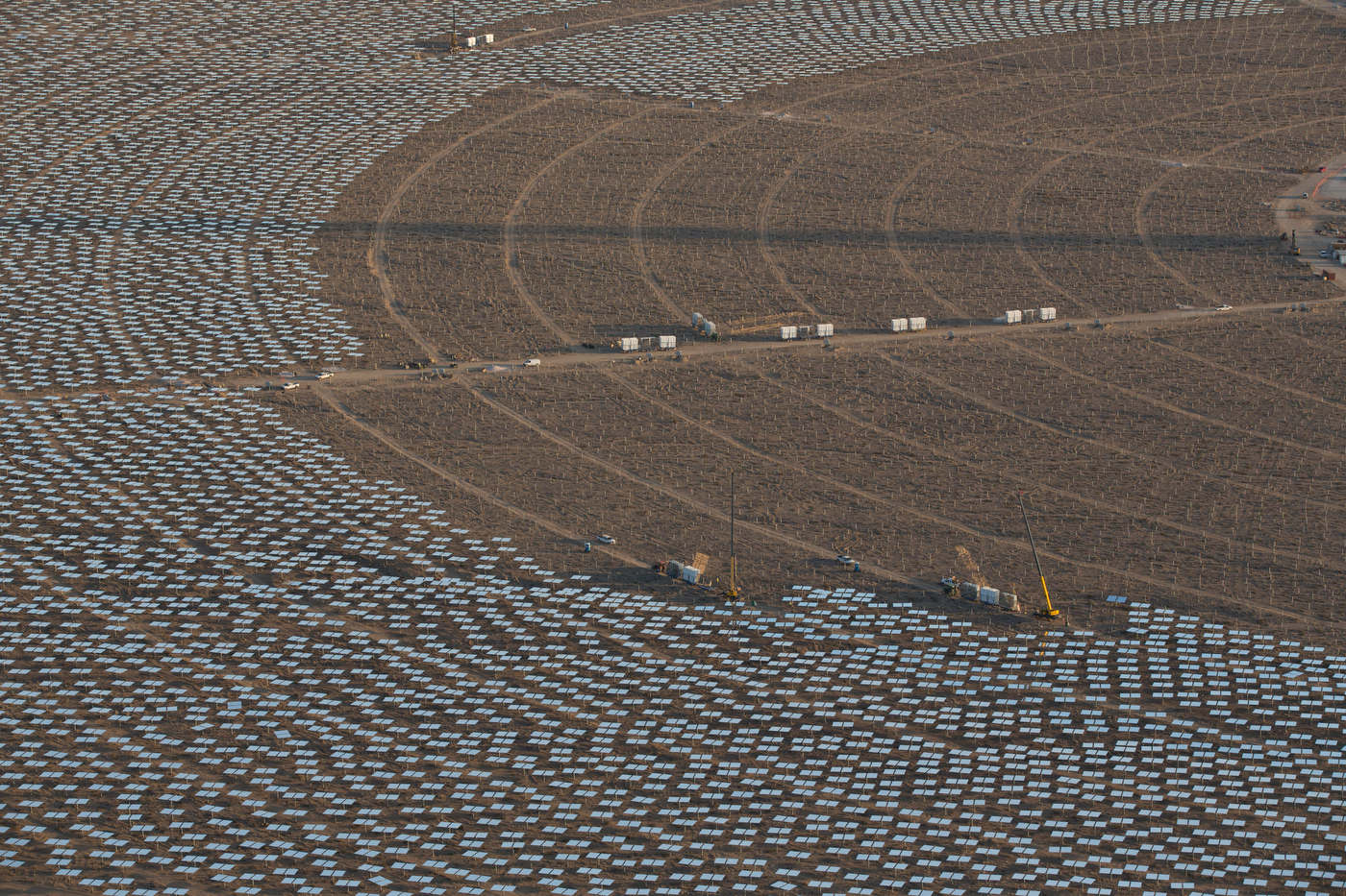 Aerial view of the installation of some of Ivanpah's 350,000 mirrors.