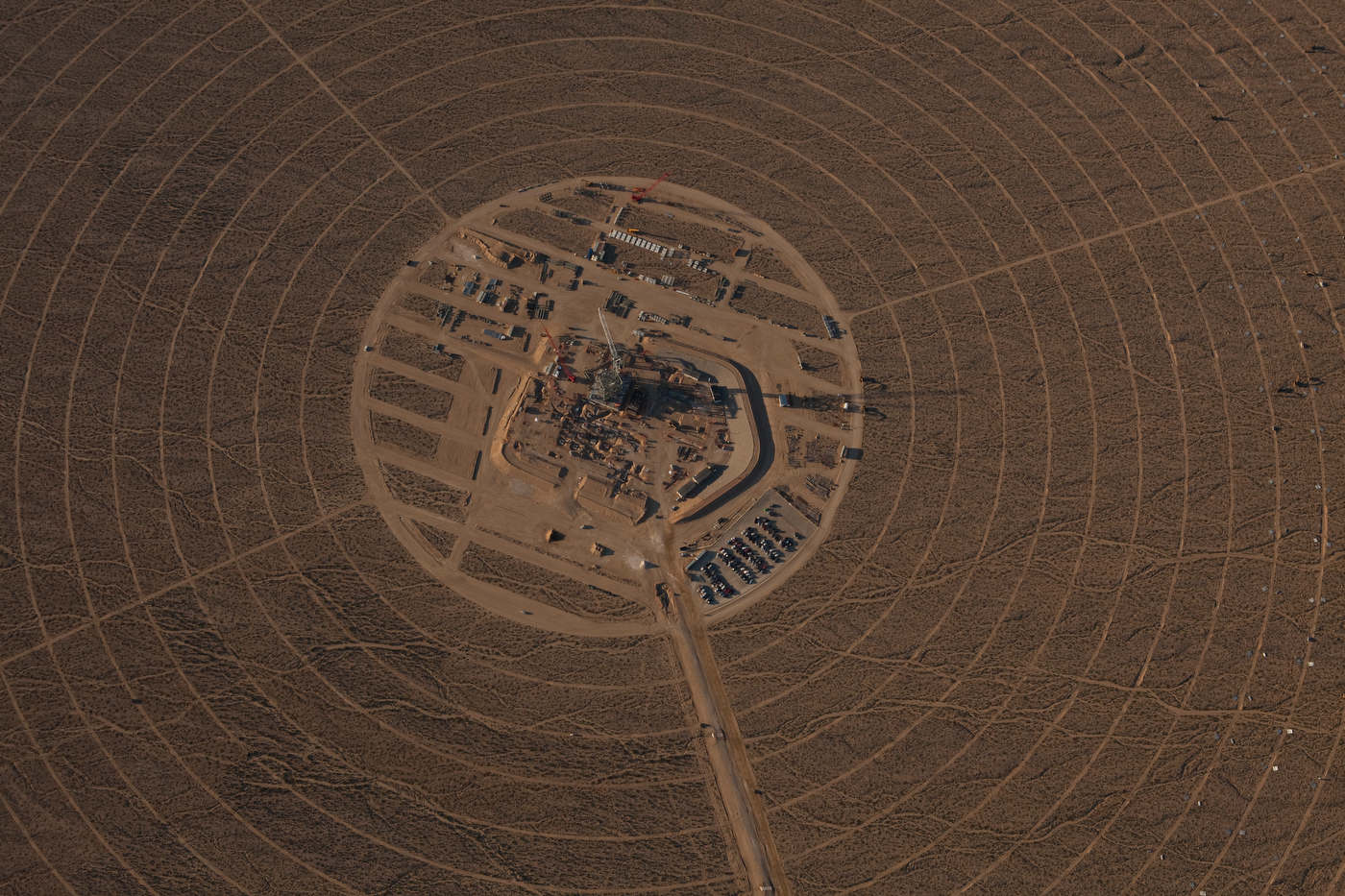 Aerial view of Ivanpah's Tower 1 during early construction.
