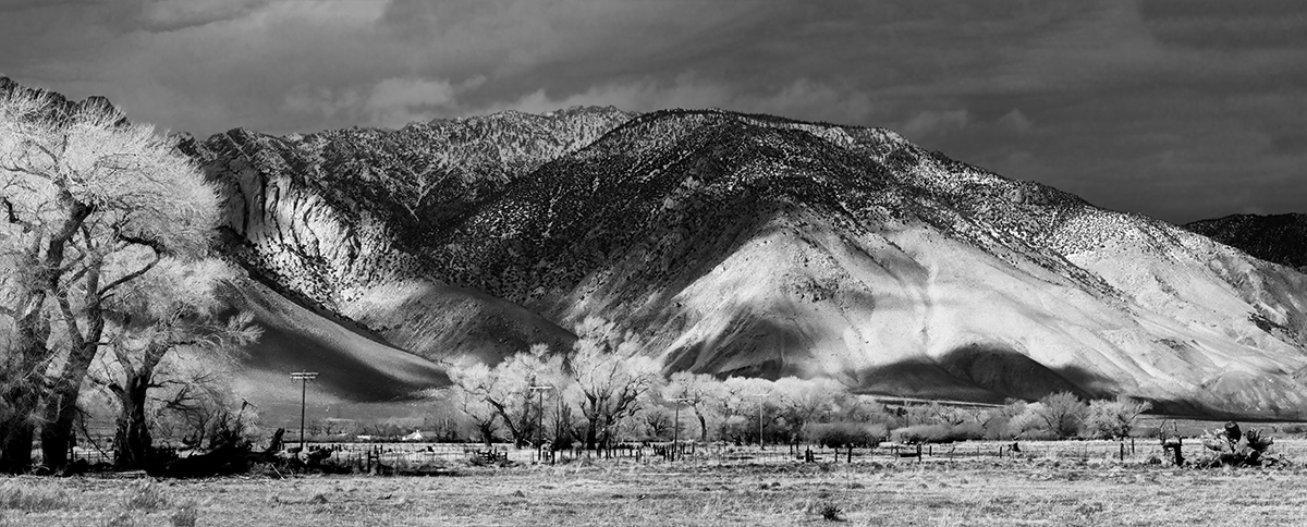Winter Landscape, Alabama Hills and the SierrasImage No: 17-00165053-bw    Click HERE to Add to Cart