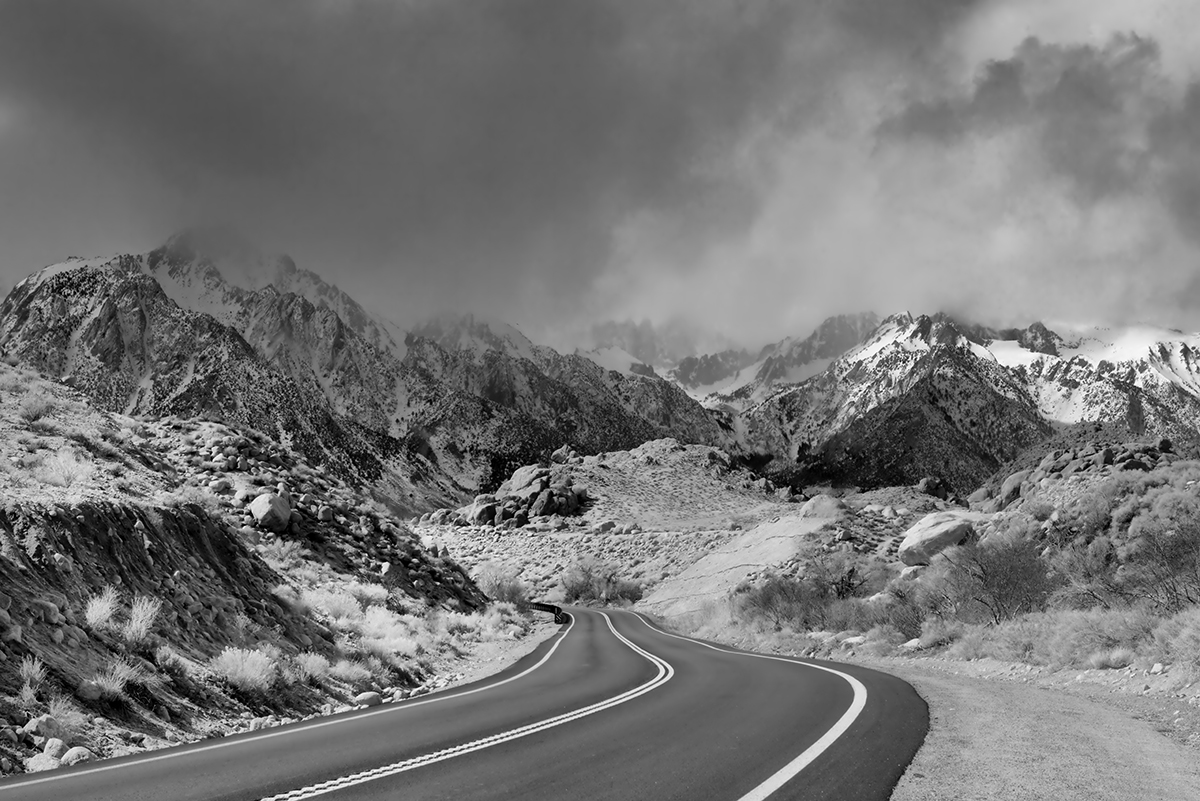 Winter Landscape, Alabama Hills and the SierrasImage No: 17-001723-bw    Click HERE to Add to Cart