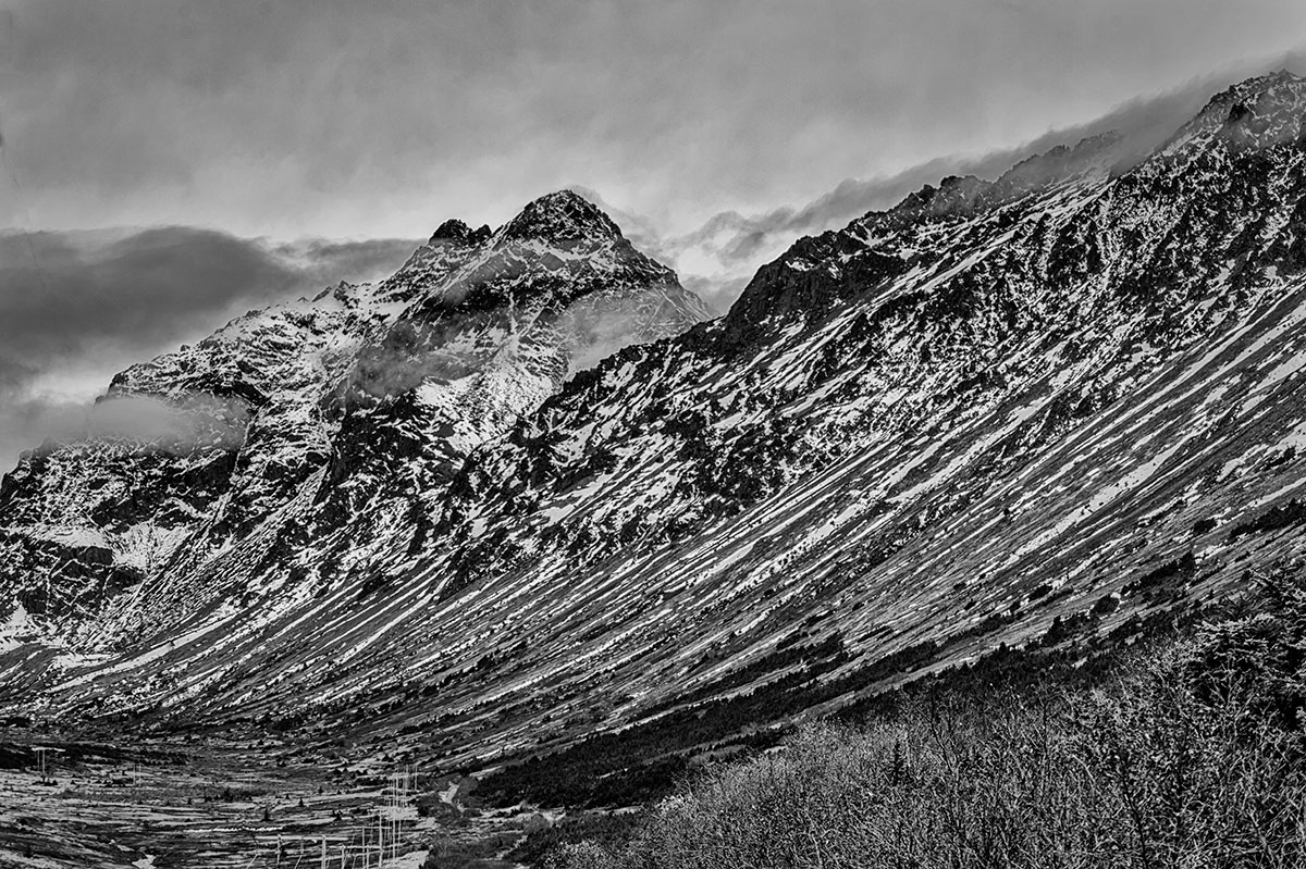 Anchorage, AlaskaImage no: 15-044411-bw   Click HERE to Add to Cart