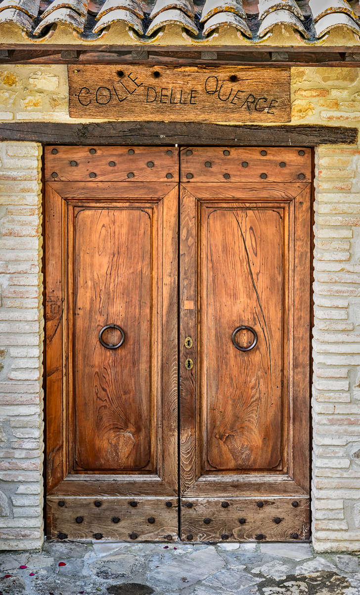 Umbria, ItalyImage no: 15-029144   Click HERE to add to cart