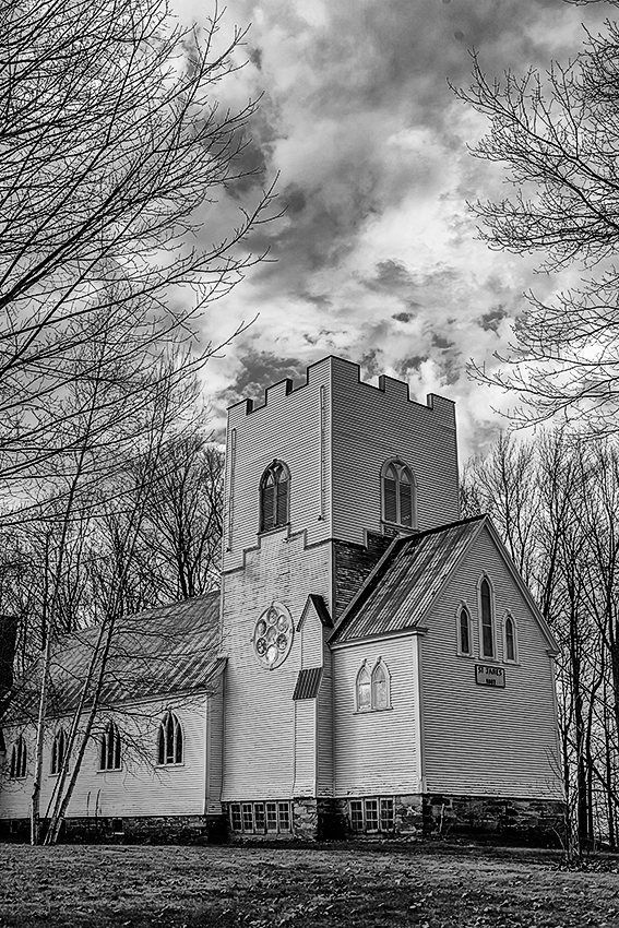 Eastern Townships, Quebec, CanadaImage no: 12-037014-bw   Click HERE to Add to Cart