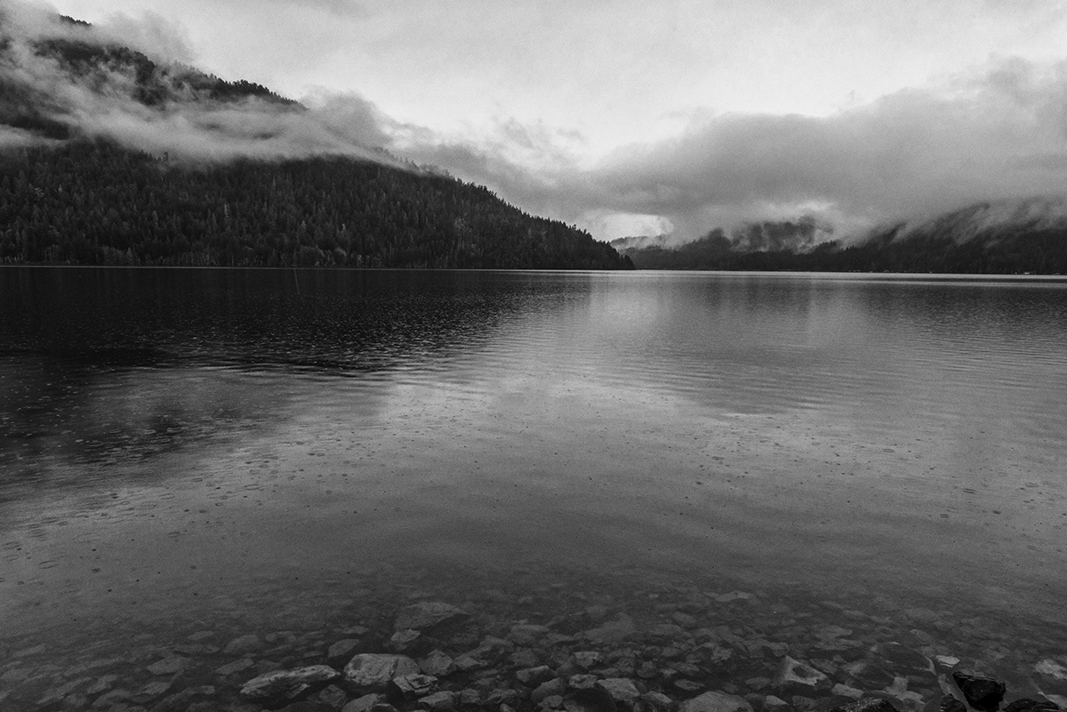 Winter Landscape photographs of Crescent LakeImage No: 17-003364-bw   Click HERE to Add to Cart