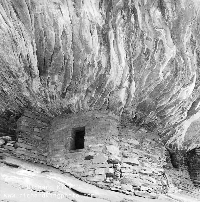 Colorado Plateau, Utah, USA, fine art print, giclee, pigment-on-paper, http://www.photoshelter.com/c/richardkingphoto/image/I0000Gub1x3Wl_u8