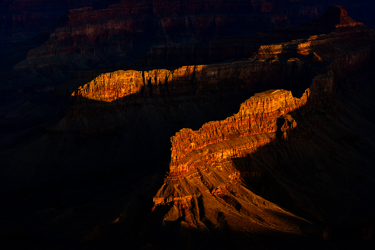 South Rim, Sun just rising above the horizonImage No: 13-001520  Click HERE to Add to Cart