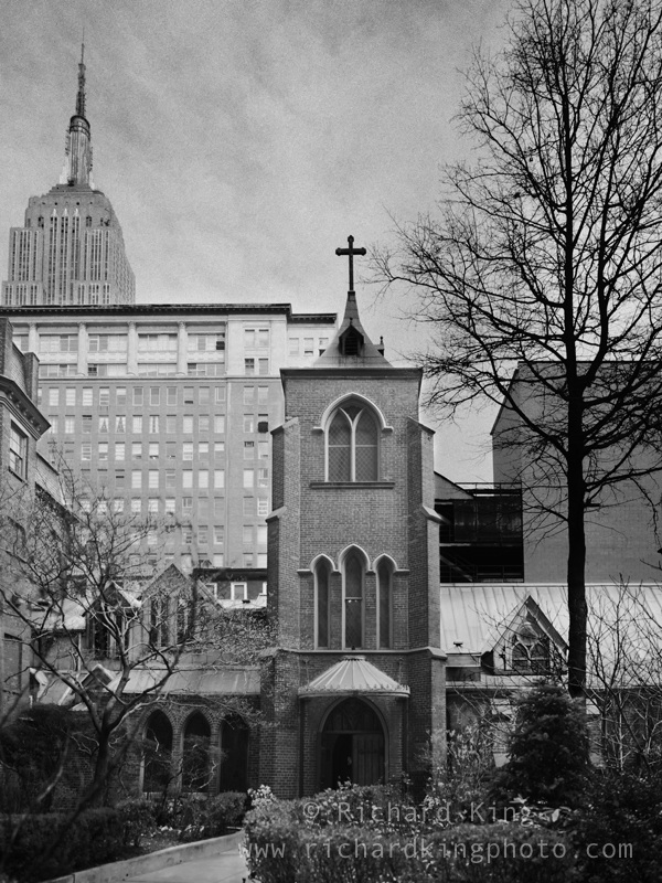 {quote}Church of the Transfiguration{quote}, New York CityImage No: 020321.0506Click on link to add to cart http://bit.ly/bUyruw