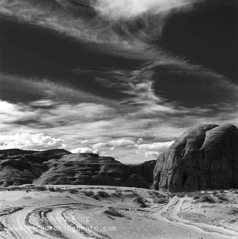 Monument Valley, Navajo Nation,Arizona, USAImage no: 021265.09Click on link to add to carthttp://bit.ly/cEB0sT