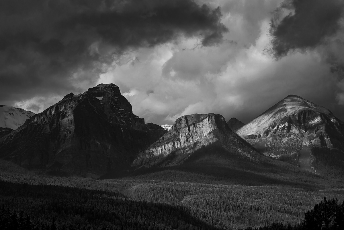 Lake Louise, AlbertaImage no: 16-383817-bw   Click HERE to Add to Cart