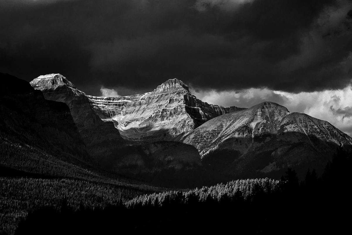 Lake Louise, AlbertaImage no: 16-383832-bw  Click HERE to Add to Cart