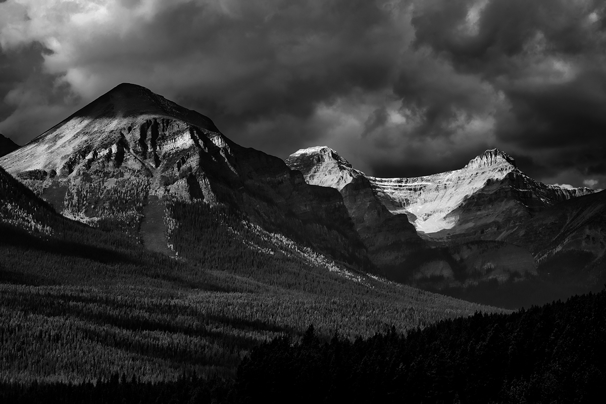 Lake Louise, AlbertaImage no: 16-383859-bw   Click HERE to Add to Cart