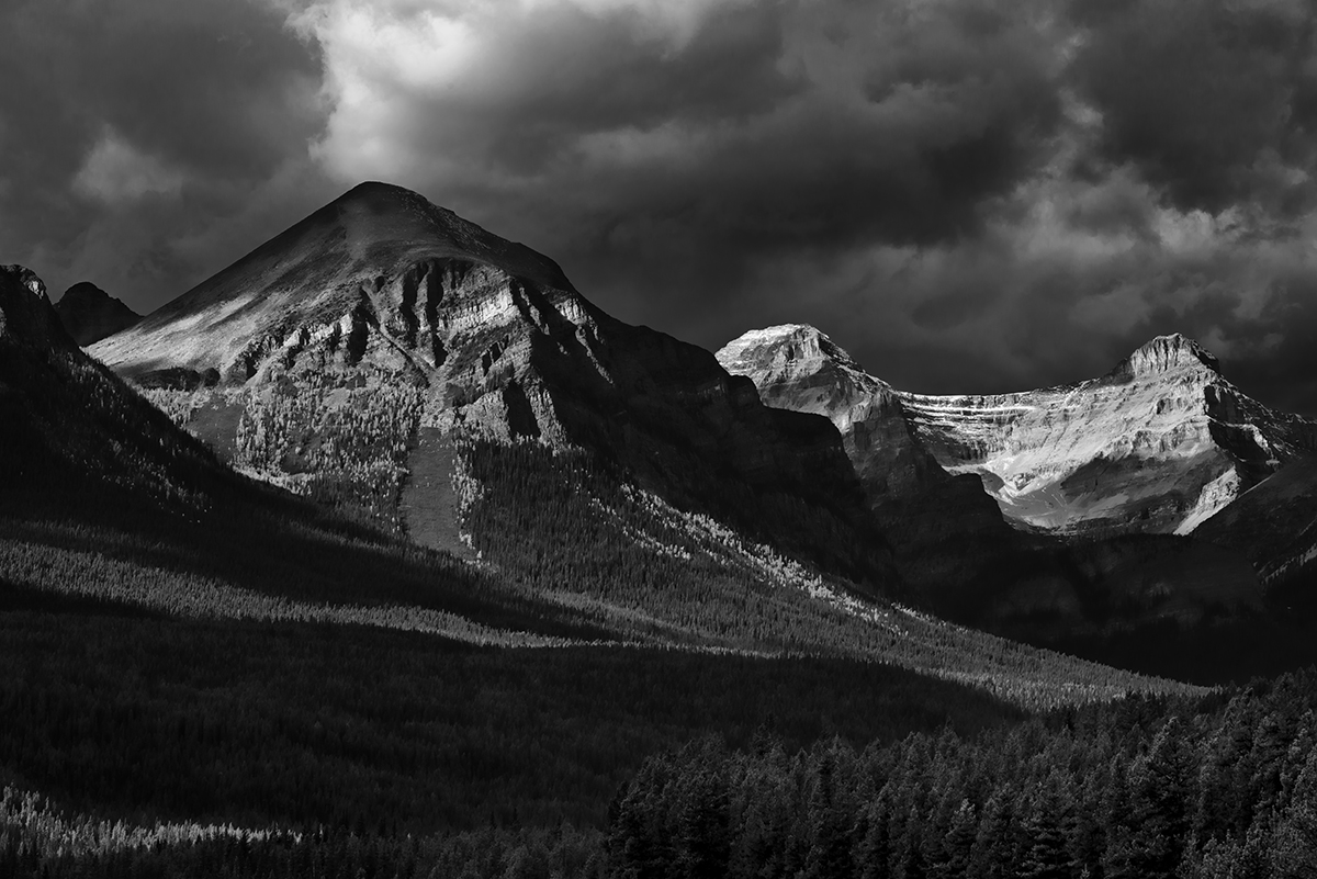 Lake Louise, AlbertaImage no: 16-383860-bw   Click HERE to Add to Cart