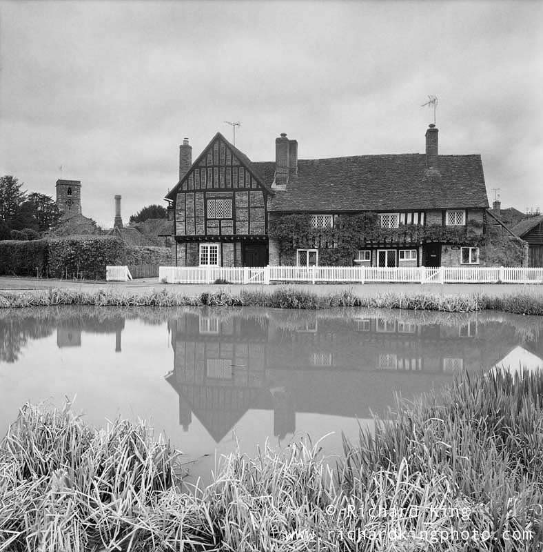 Aldbury, Hertfordshire, EnglandImage no: 050131.04-bwClick HERE to add to cart