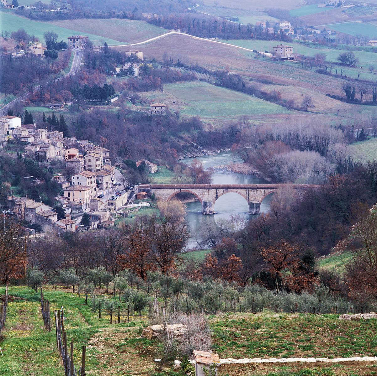 Umbria, ItalyImage No: 05-050034   Click HERE to Add to Cart