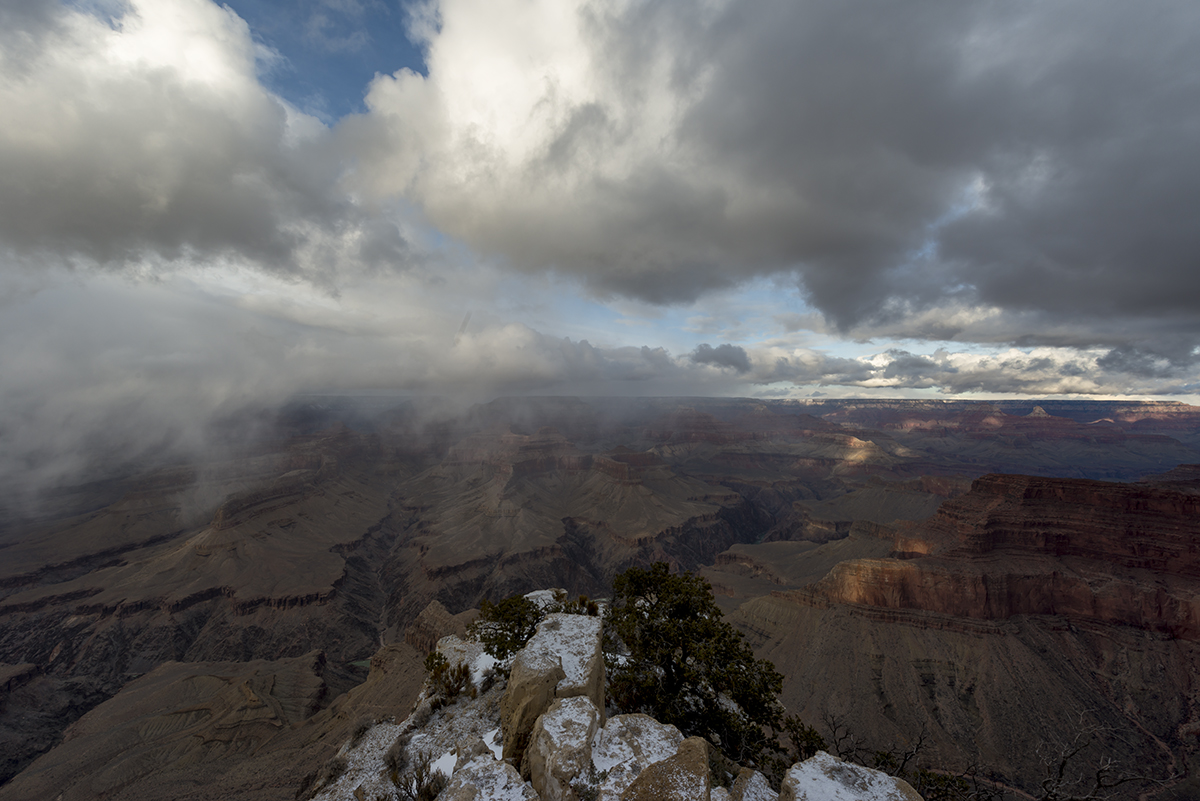 Storm-Grand-Canyon-National-Park-South-Rim-AZ-RKing-13-000640-vv