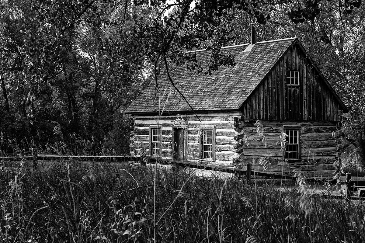 Medora, North DakotaImage no: 15-036383-bw   Click HERE to Add to Cart