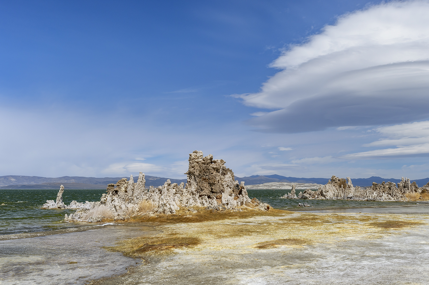 East Sierra landscape images from Mono Lake, CaliforniaImage No: 18-007974  Click HERE to Add to Cart