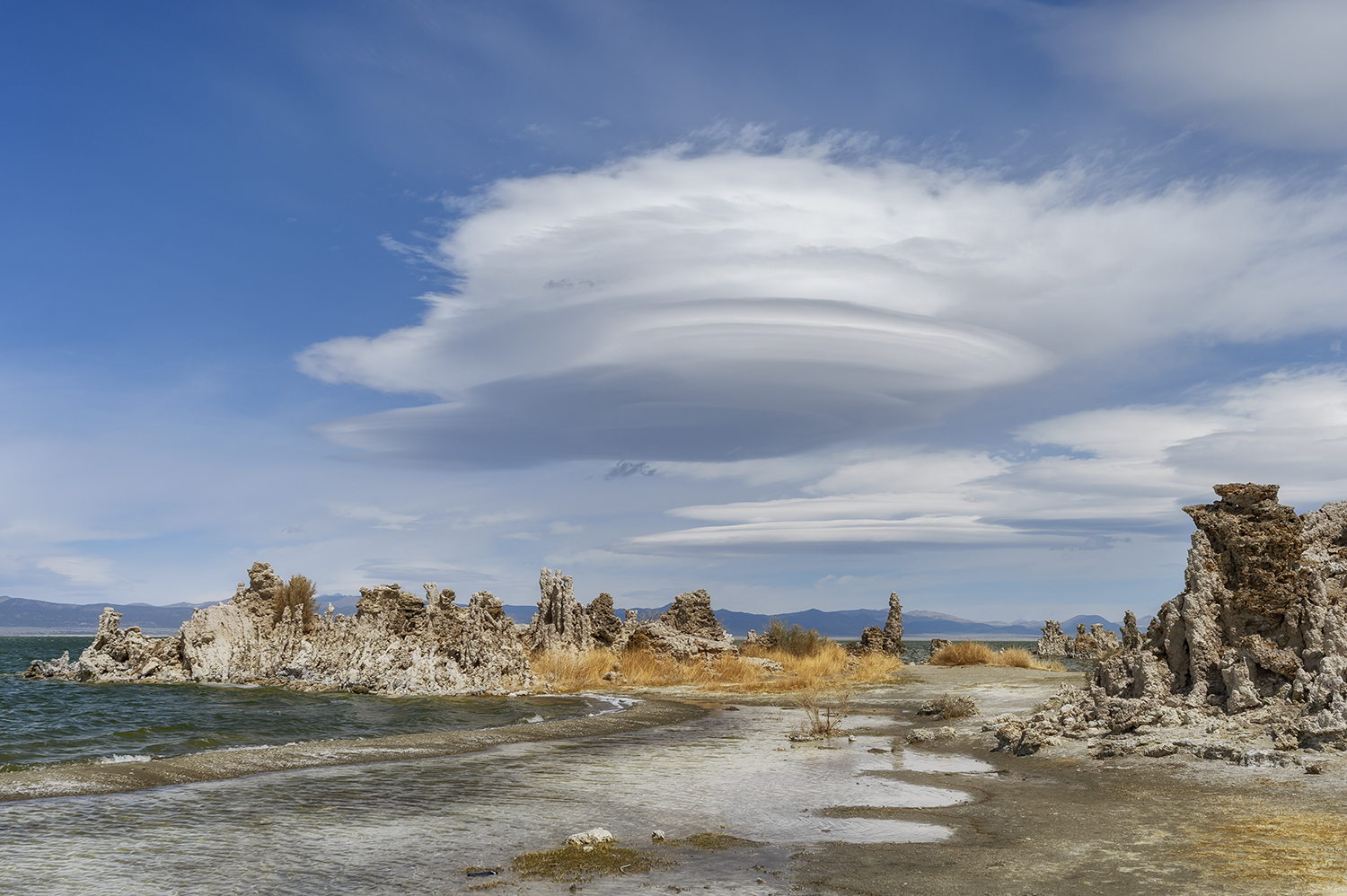 East Sierra landscape images from Mono Lake, CaliforniaImage No: 18-007982  Click HERE to Add to Cart