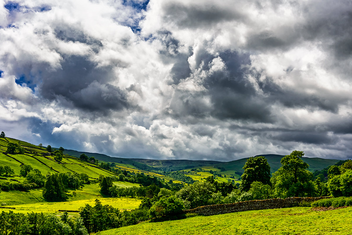 Yorkshire_Dales_National_Park_13-028470_vv