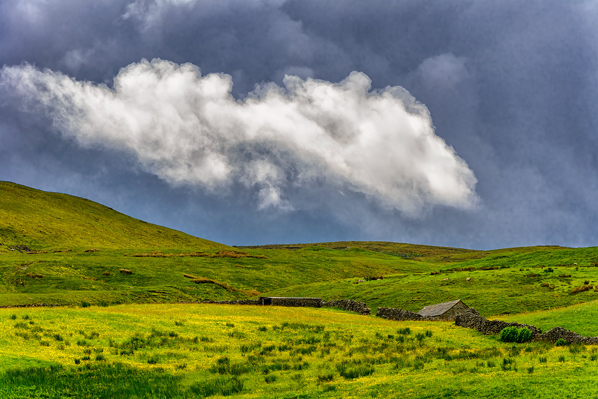 Yorkshire_Dales_National_Park_13-028538_vv
