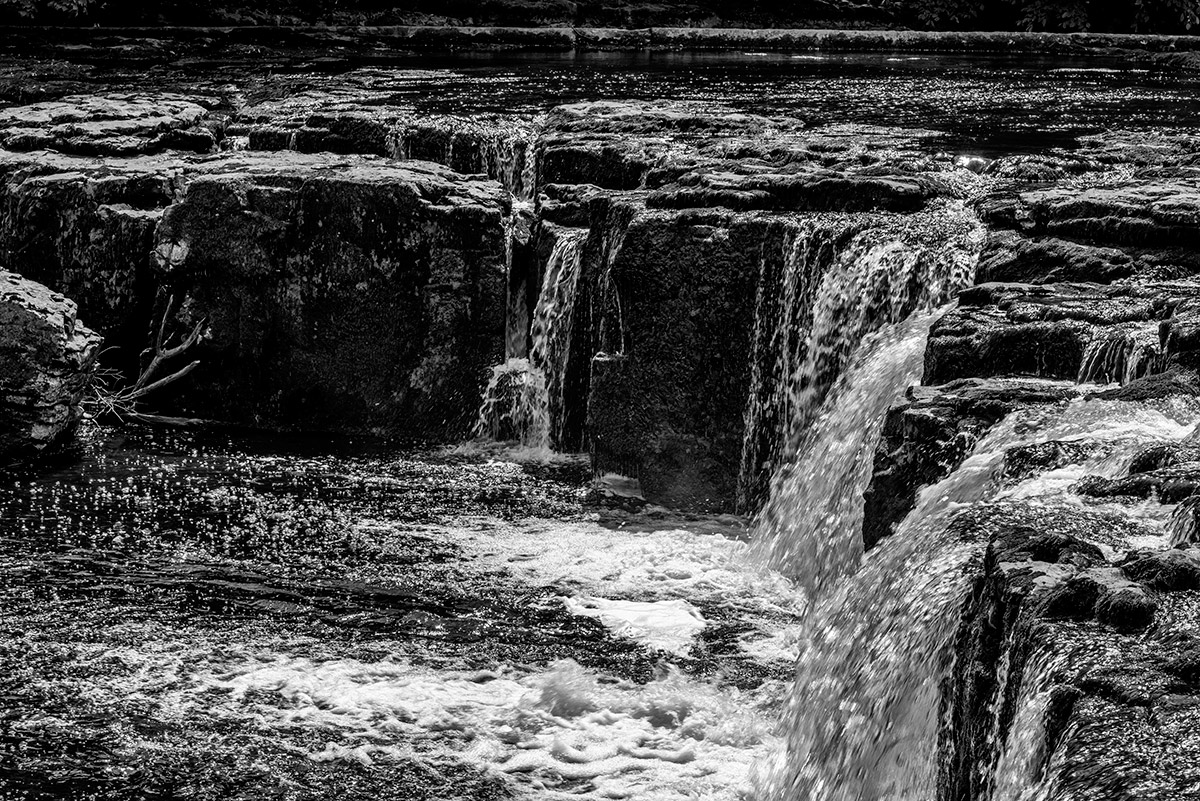 Yorkshire_Dales_National_Park_13-029618_bw_vv