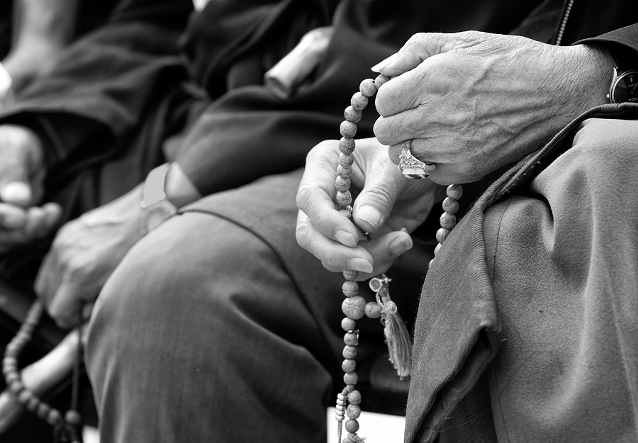 The locals are very devoted Buddhists and prayer beads are frequently seen in their hands.